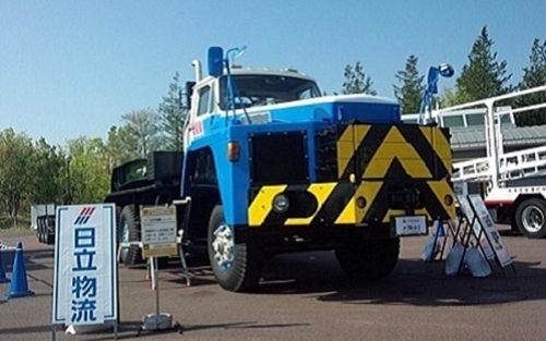 昨年度出展した70トン低床式トレーラ