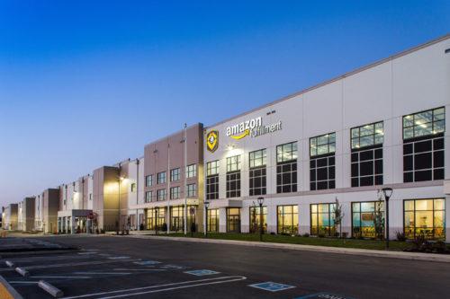 米国でのプロロジスの物件 カリフォルニア州トレーシーにあるアマゾンのフルフィルメントセンター