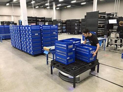 20180709kyoei 500x375 - 協栄産業/Geek+の新AI物流ロボット、販売開始