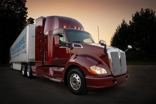20180731toyota 500x334 - トヨタ自動車/米国で燃料電池の大型トラック、改良型公開