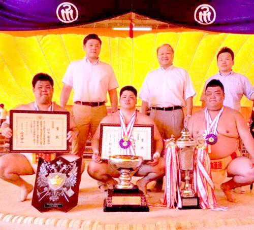 日通の相撲部が全国選抜社会人相撲選手権大会で優勝