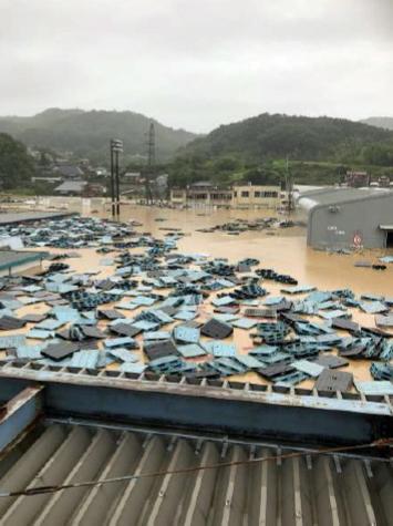 2m以上浸水した本郷工場(7月7日撮影)