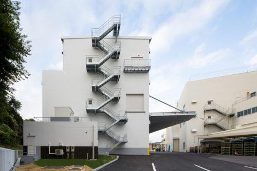 20180823takaras2 500x334 - タカラスタンダード/名古屋工場に新倉庫竣工、資材集約