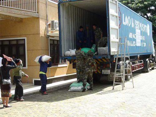 物資輸送の様子
