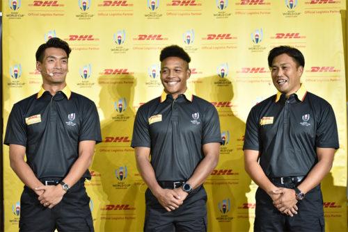 新たに DHLブランドアンバサダーに就任した槙野 智章選手(左)、松島 幸太朗選手(中央)、大西 将太郎氏(右)