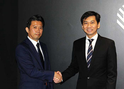 (左)ゼブラ・テクノロジーズ・ジャパンの池田一樹代表、(右)ゼブラ・テクノロジーズ・アジア・パシフィックのライアン・ゴー バイス・プレジデント兼ゼネラルマネジャー