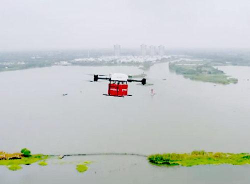 陽澄湖産の上海蟹を運ぶドローン