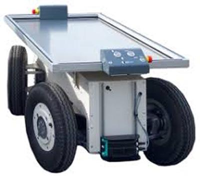 実証実験で利用する搬送ロボット