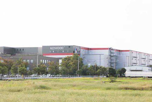 20181019esr1 500x334 - ESR/埼玉県久喜市で15.1万m2の物流施設竣工、内部を初公開