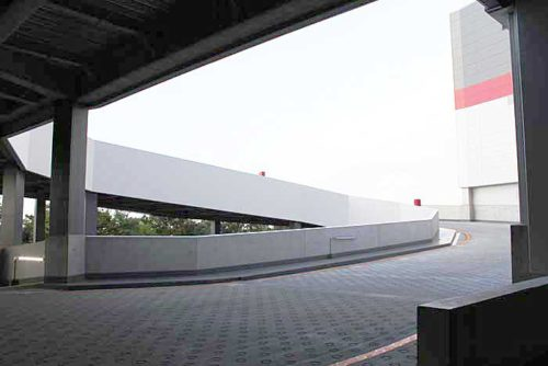 20181019esr5 500x334 - ESR/埼玉県久喜市で15.1万m2の物流施設竣工、内部を初公開