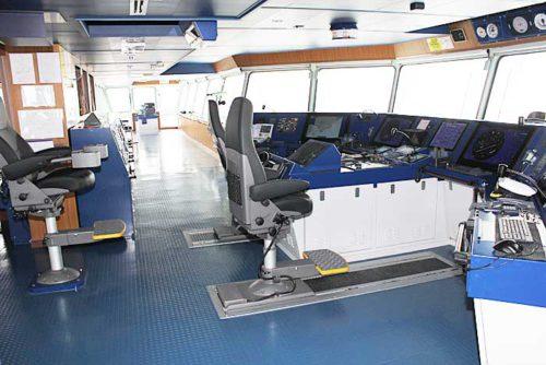 20181024nyk7 500x334 - 日本郵船/最新の情報統合型ブリッジと自動車専用船内部を初公開