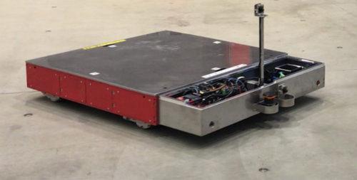 低床式AGVとセンサー・カメラ