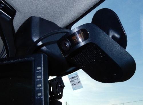 ナウト車載機(車内から撮影した画像)