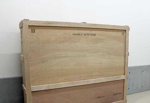製函室で製作した木箱