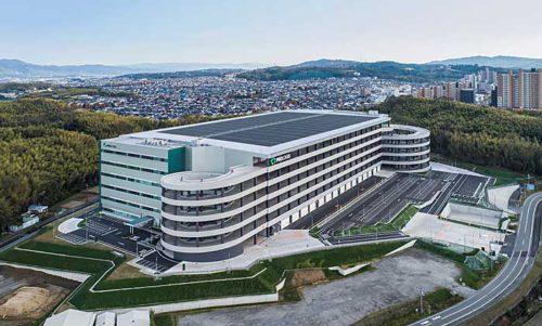 20190410amazon1 500x301 - アマゾン/京都府京田辺市にAmazon Robotics導入の物流拠点を開業
