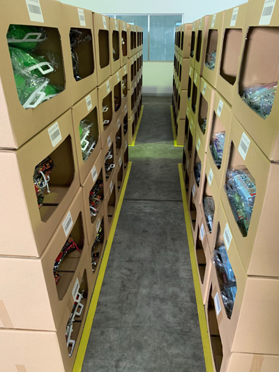 現地提携倉庫で管理された在庫