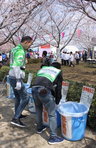 東京・清掃活動の模様