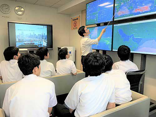 20190723mol 500x375 - 商船三井/中学校の職場体験プログラムに協力