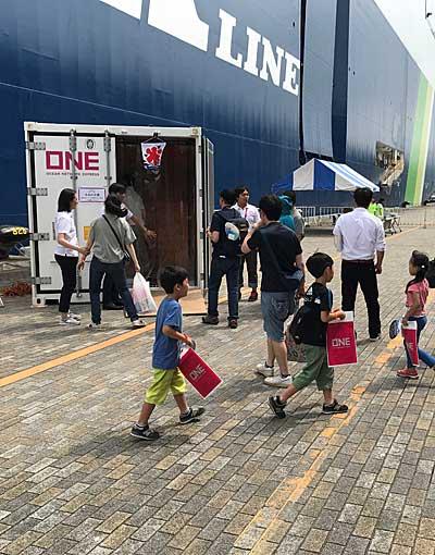 20190723nyk5 - 日本郵船/横浜「うみ博」で巨大自動車船内部を一般公開