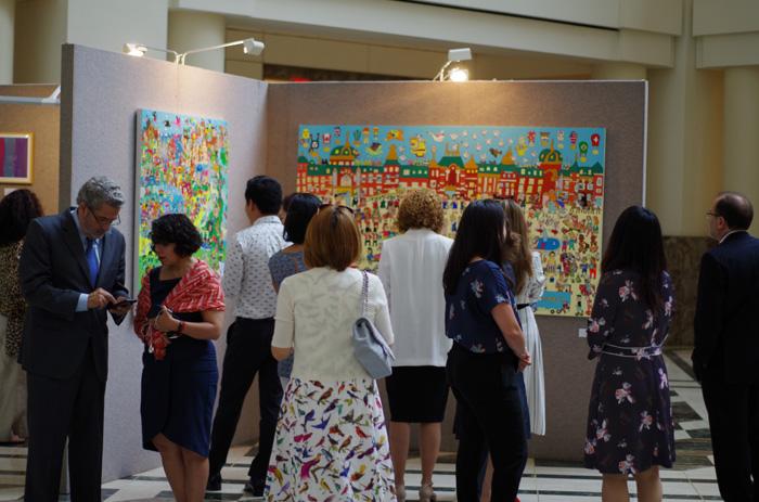 ワシントンD.C.のIDBで開催されたアート展「日本の障害者アートとラテンアメリカとカリブ海地域の出会い」)