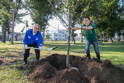 20191004zentokyo 520x347 - 全ト協/千葉県流山市で植樹活動