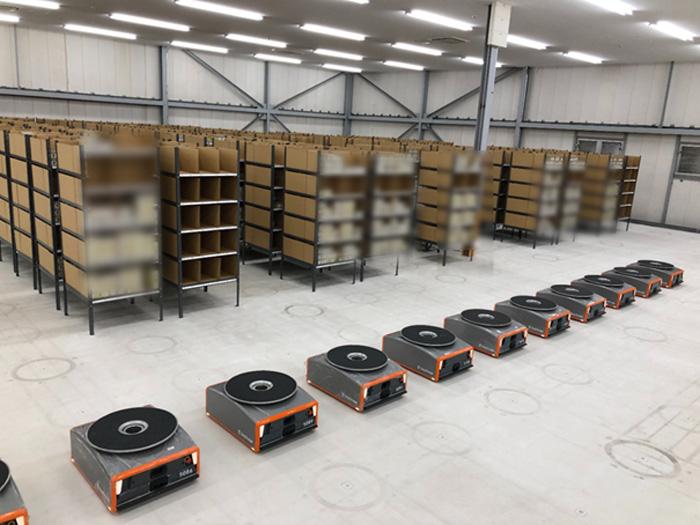 20191025mitsubishis1 - 三菱商事ほか/物流倉庫用に棚流動型ロボットを導入