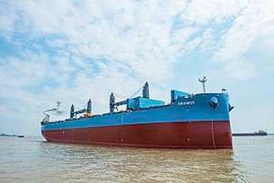 20191029kawasaki - 川崎重工/61型ばら積運搬船「GRAMOS」引渡し