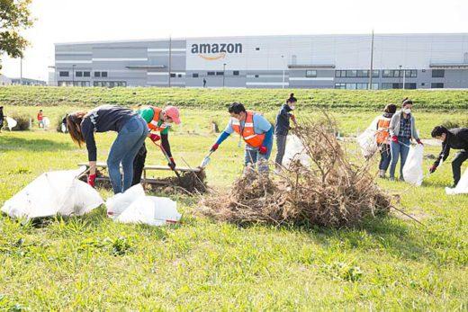 20191111amazon 520x347 - アマゾン/移動式体験学習車両で清掃道具輸送、多摩川で清掃活動