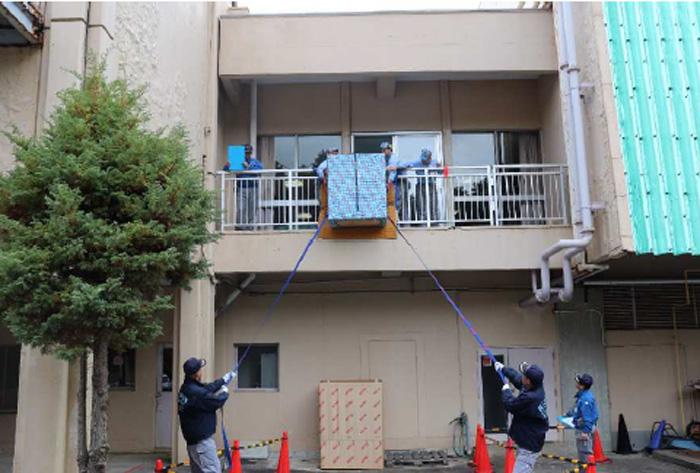 吊り作業競技の様子