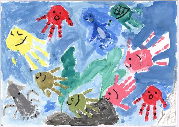 環境大臣賞 兵庫県 青木 羽純さん(4年生)「みんなでなかよく海の中」