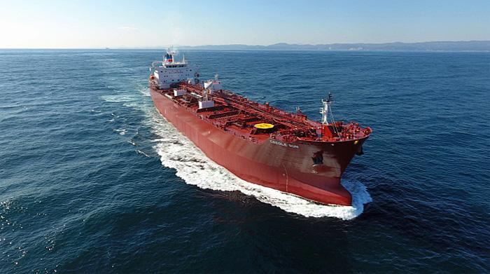 20191223iinokaiun1 - 飯野海運/2元燃料主機関搭載船新造メタノール船竣工