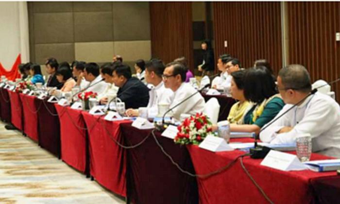 日ミャンマー物流政策対話の様子(ミャンマー側)