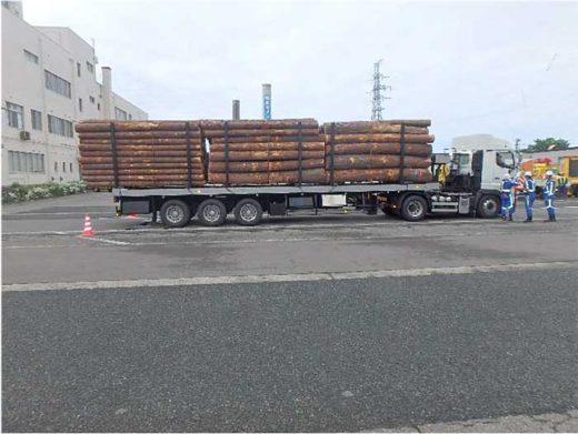 20200212nexco2 520x391 - NEXCO東日本等/北陸道で基準値2倍以上の重量超過車両2台告発