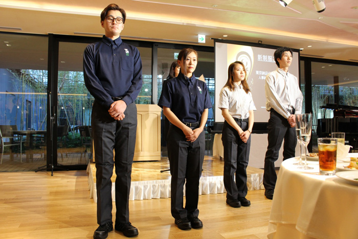 東京納品代行の新制服