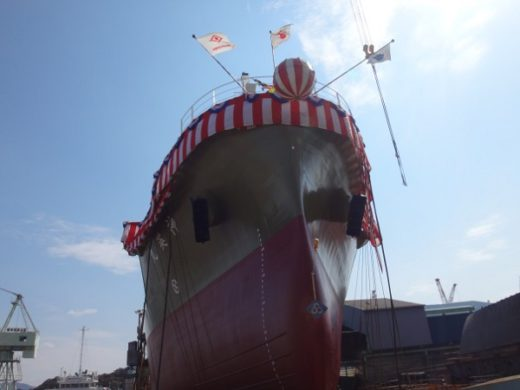 20200416shinko 520x390 - 神鋼物流/原料輸送船「神英丸」が進水