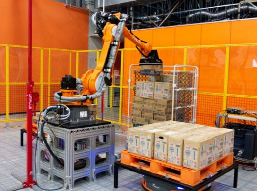 20200828mujin 520x386 - MUJIN、フレームワークス/倉庫自動化ソリューションで協業