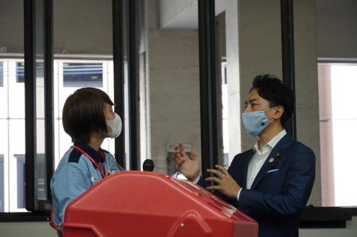 20200911koizumi2 520x346 - 小泉環境大臣/ラストワンマイル配送車両のEV化を強力に支援
