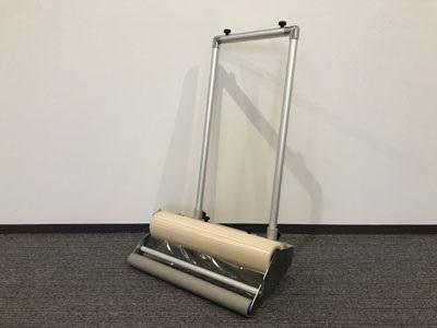 床養生材の専用施工機具