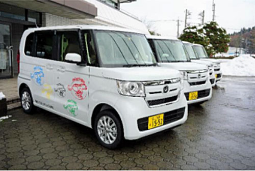 20201221tonami - トナミHD松寿会/福祉事業者4団体に福祉車両4台を贈呈