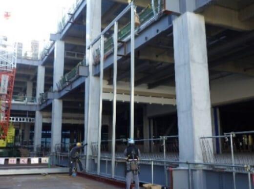 20210428tokyu2 520x387 - 東急建設/物流倉庫外壁の施工性高める新工法開発