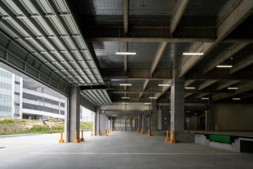 20210601hankyu10 520x347 - 阪急阪神不動産、三菱地所/大阪彩都で物流施設2棟を満床竣工