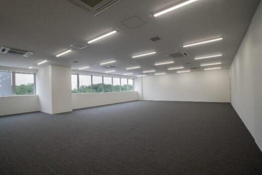 20210601hankyu5 520x347 - 阪急阪神不動産、三菱地所/大阪彩都で物流施設2棟を満床竣工