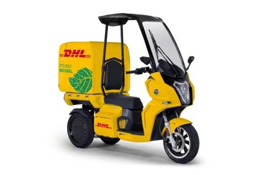 20210901dhl 520x345 - DHLジャパン/東京DCに電動3輪バイク10台導入