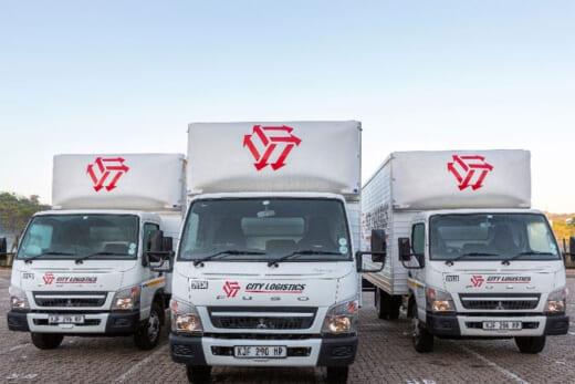 20210915fuso 520x347 - 三菱ふそう/南アフリカの物流会社にキャンター43台納車