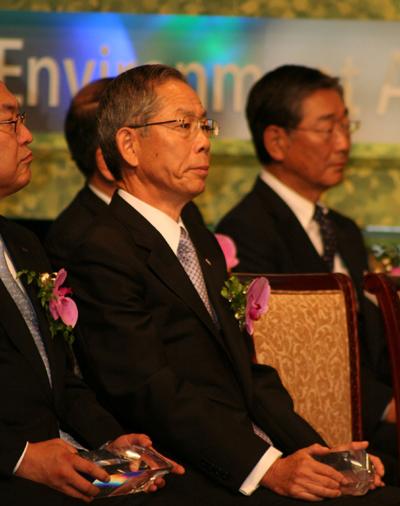 20110921nykjyusyo - 日本郵船/地球環境大賞の国土交通大臣賞を受賞