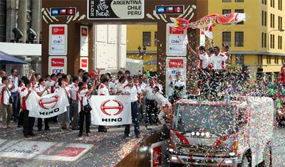 20120116hino - 日野自動車/ダカールラリー、10リッター未満トラックで3連覇